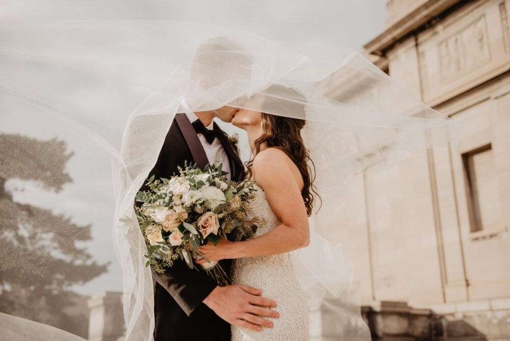 Why Hiring A Wedding Photographer Has Its Benefits