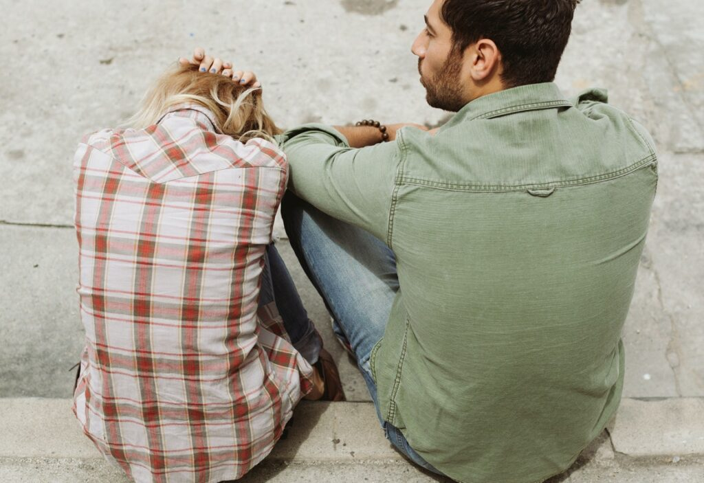6 Common Reasons Why A Romantic Relationship May Fall Apart