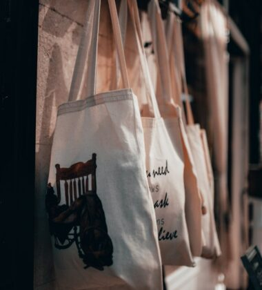 Why Custom Tote Bags Have Become A Trend