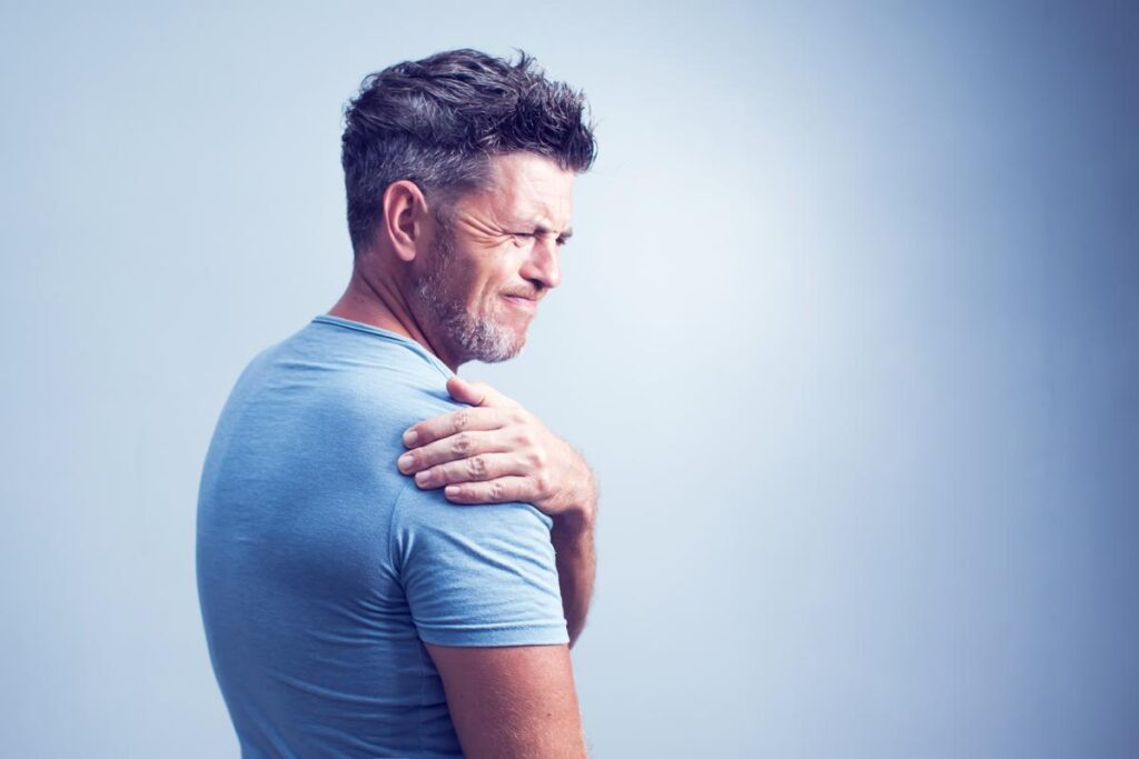 7 Holistic Pain Treatment Options Available Today