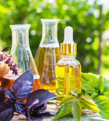2 Natural Products You Should Use For Your Skin