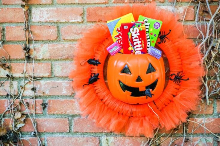 Halloween Candy Wreath