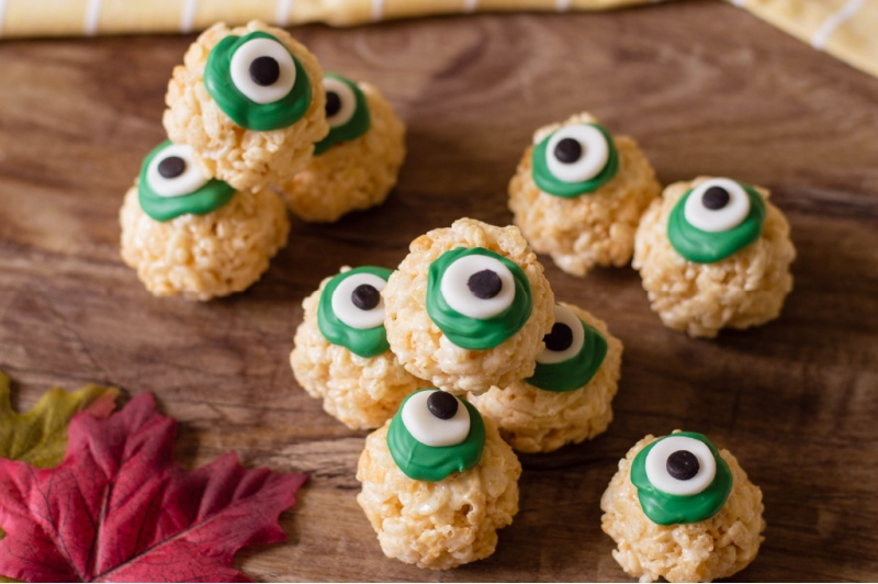 Rice Krispie Eyeballs on a table