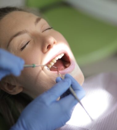 5 Common Dental Emergencies And How To Deal With Them