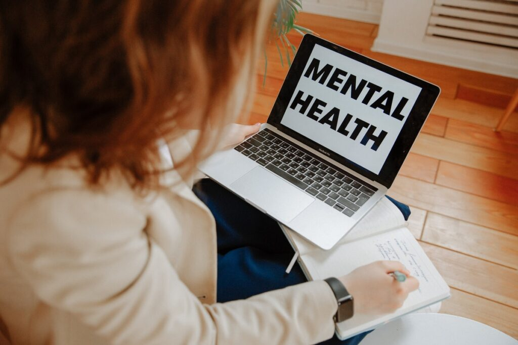 7 Ways Expats Can Foster Positive Mental Health