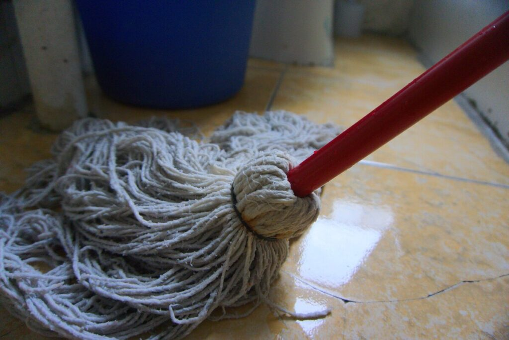 3 Reasons To Recycle Industrial Mop Water
