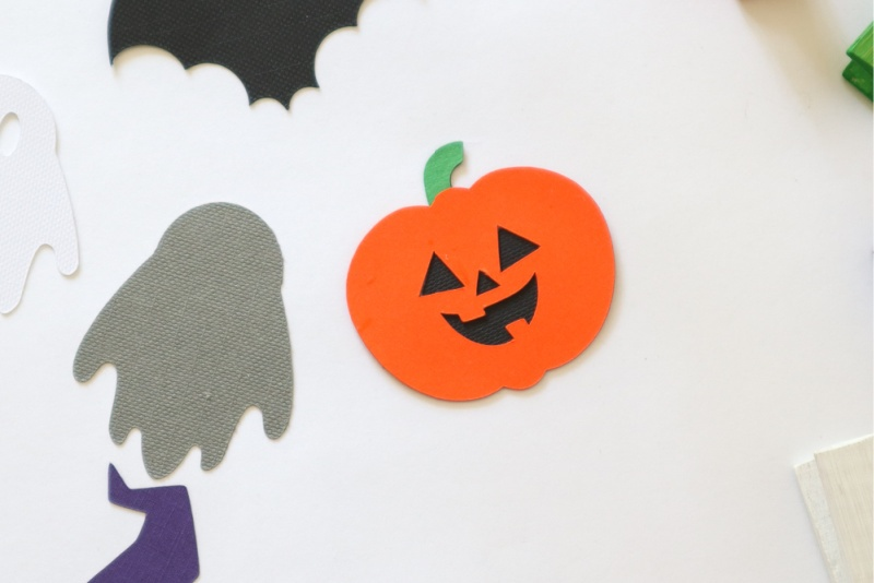 Cricut Halloween Characters Clothespins