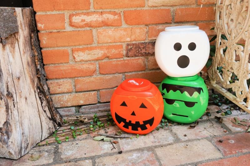 Halloween Laundry Bucket Craft