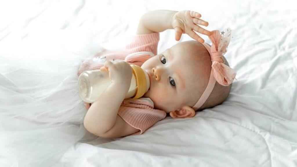 8 Best BIBS Dummies For Breastfeeding Babies & Newborns 2020