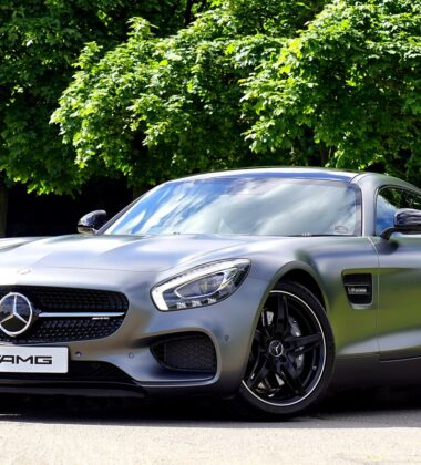 Points To Consider Before Buying A Sports Car
