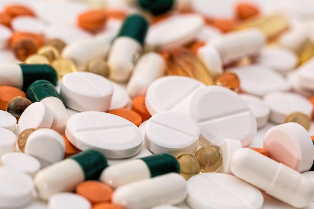 How To Safely Buy Vitamins Online For Beginners