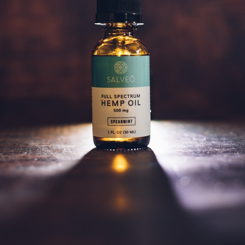 How To Select The Right CBD Oil White Label Company