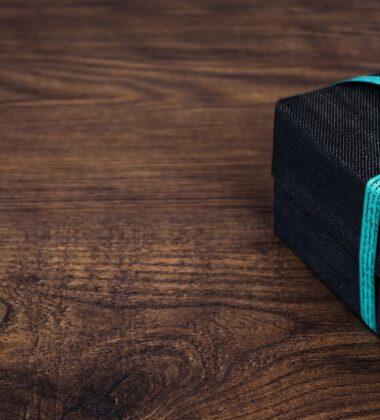 4 Gifts Under $30 To WOW Your Boyfriend
