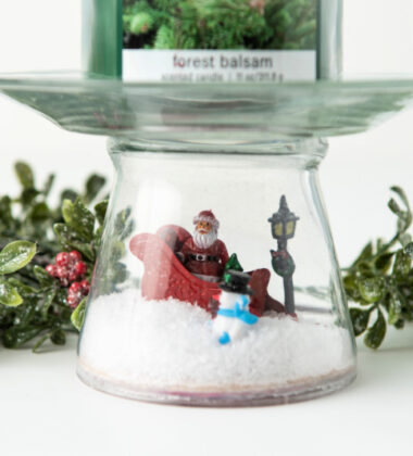 Christmas Scene Candle Pedestal