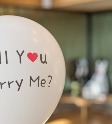 When To Propose To Someone: A Basic Guide