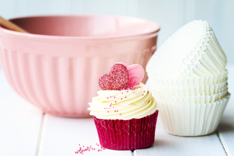 Cupcake and baking bowl
