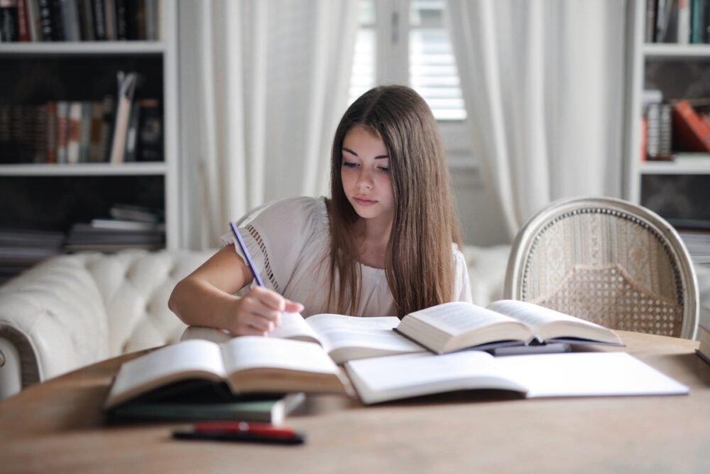 These 6 Natural Brain Boosters Can Help You Study Better