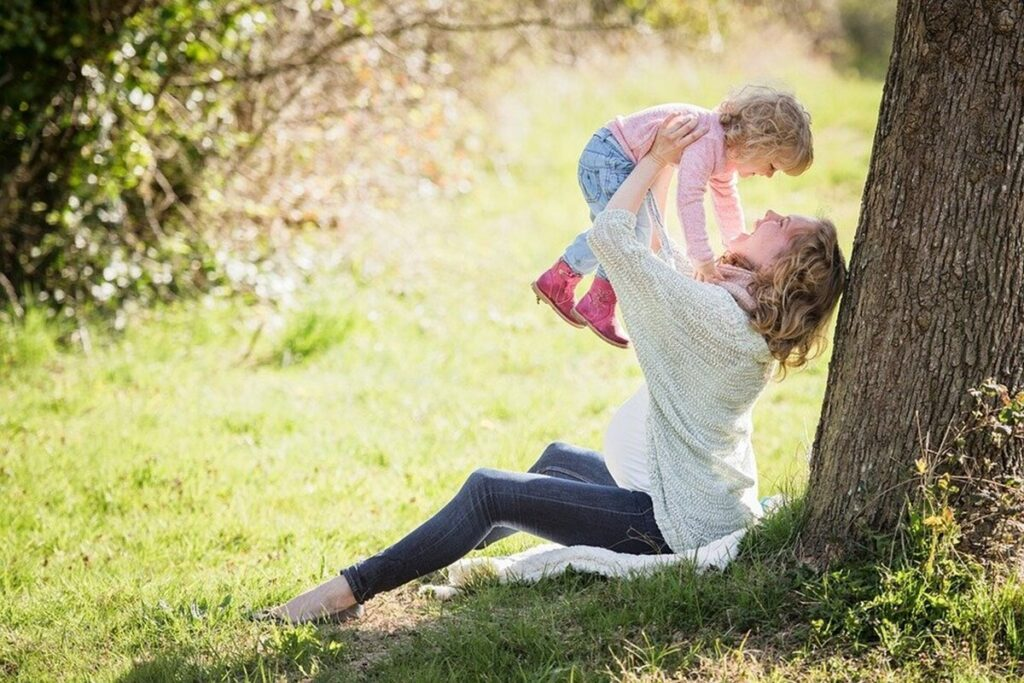 12 Surefire Ways Of Making Your Family Happy And Healthy