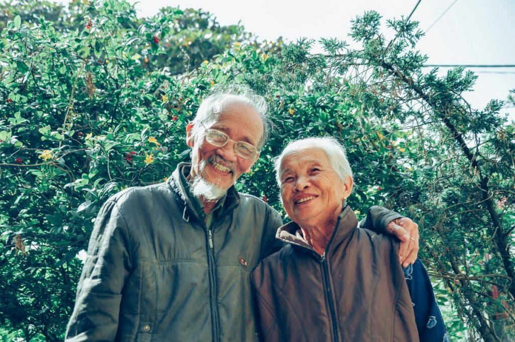 5 Meaningful Ways To Care For Your Aging Parents