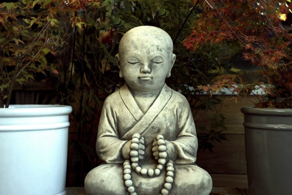 Useful Tips For Choosing The Right Outdoor Religious Statues