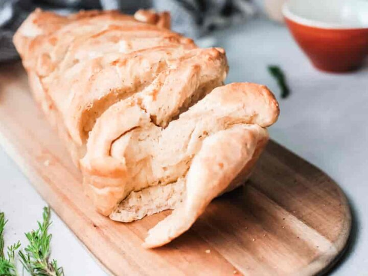 Herbed Butter Pull-Apart Bread