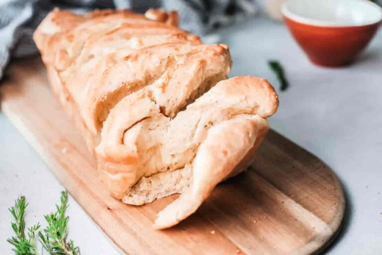 Herbed Butter Pull-Apart Bread Recipe