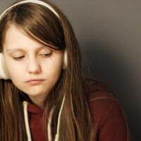 4 (Positive) Alternatives To Grounding Your Teenager