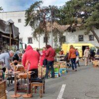 Nashville Flea Market: Who Should Visit And When