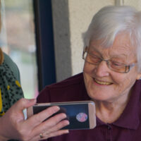 3 Reasons You Should Consider In-Home Care for Your Elderly Loved One