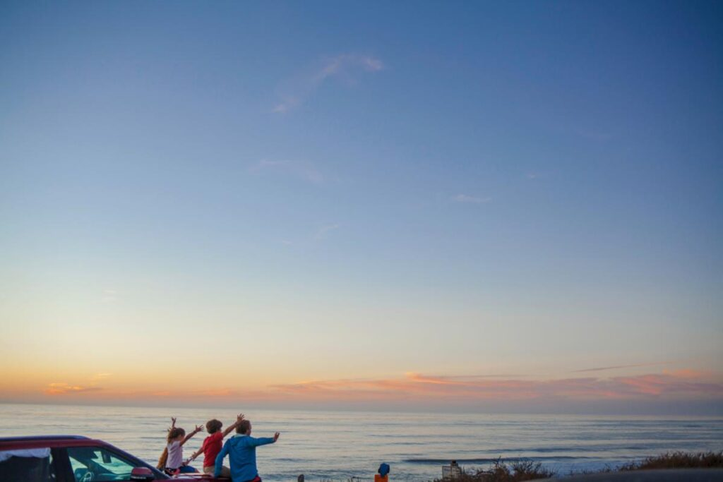 Tips To Plan The Perfect Road Trip With Kids And Senior Citizens