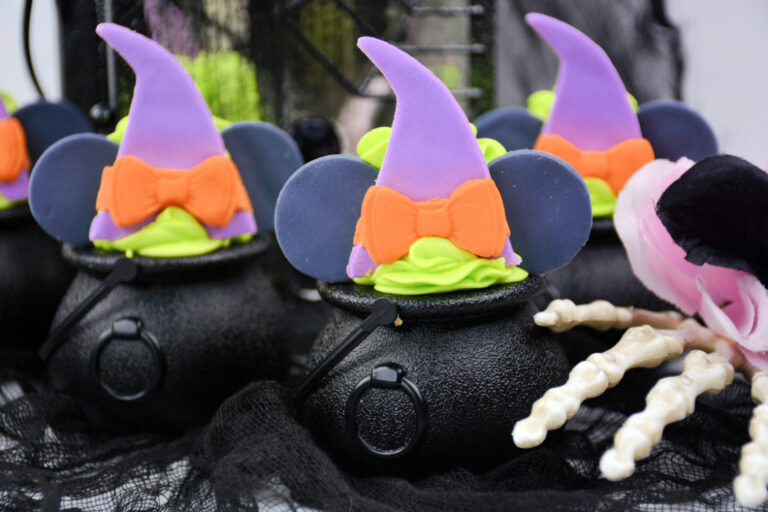 Minnie Mouse Witch Cauldrons Recipe
