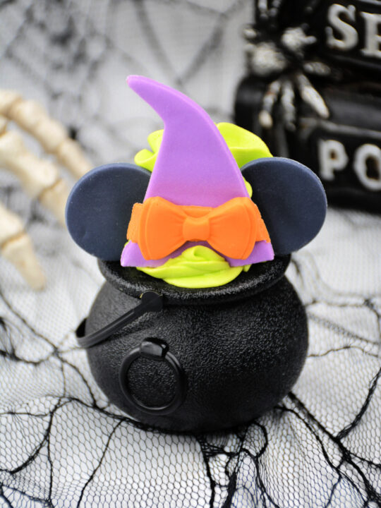Minnie Mouse Witch Cauldrons