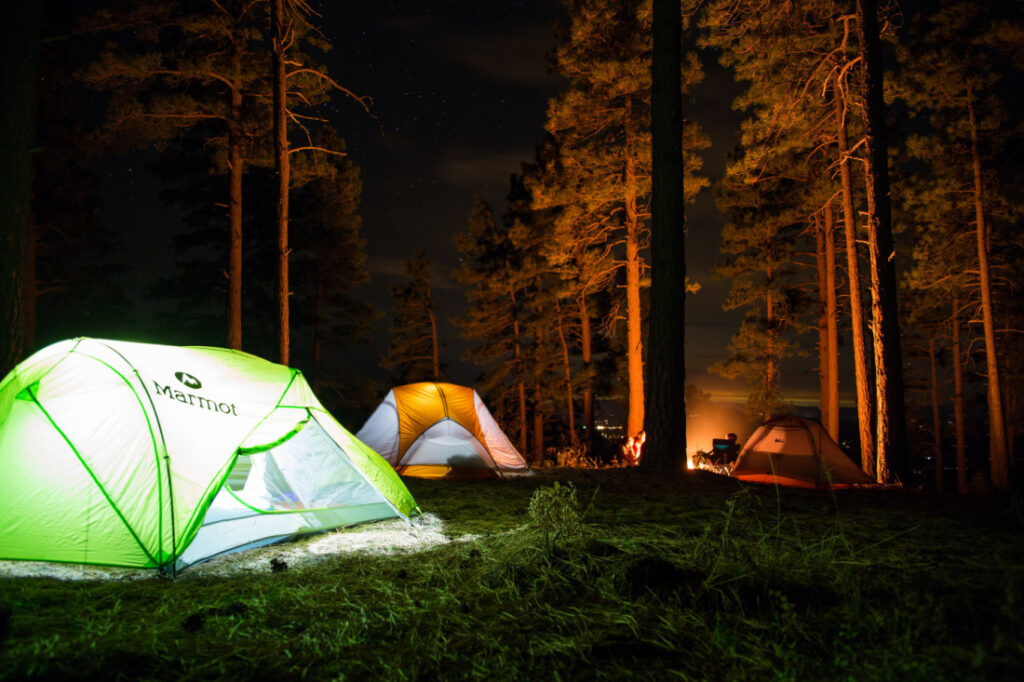 5 Must-Haves in Your Backpack for Night Camping With Kids