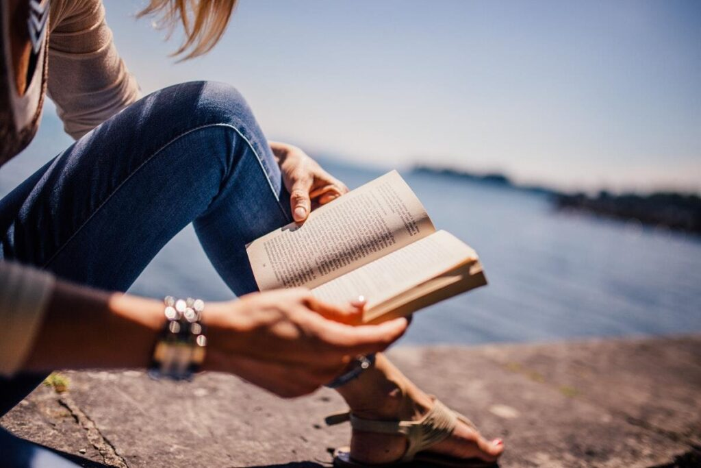 Student Tips: How To Rekindle Your Love Of Reading